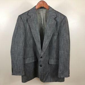Gray Haggar imperial gray white black sports coat